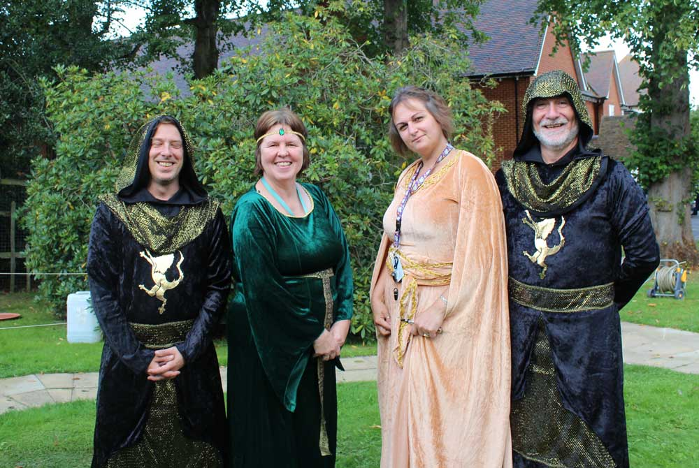 medieval-knights-re-enactors-at-the-new-deanery-3